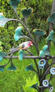 Ginkobaum Stieglitz Ginkobaum mit Stieglitz, Augen aus schwarzen Swarovski-Kristallen