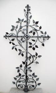 Grabkreuz Rosenblätter ohne Rosen