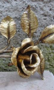 geschmiedete Rose aus Schmiedebronze 26x19