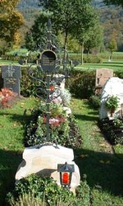 Grabkreuz H antik